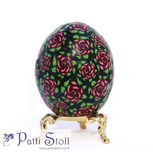 Alizaron Crimson Roses in Chintz Pattern Art Egg - Click Image to Close