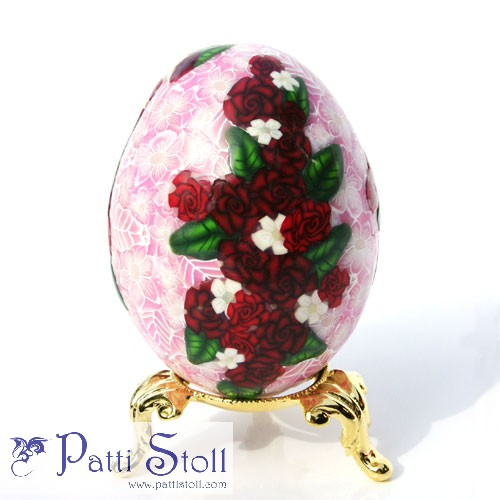 Red Roses on Pink Art Egg - Click Image to Close