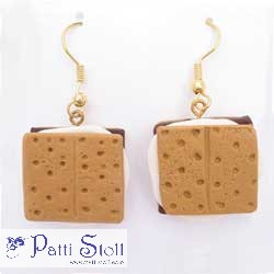 S'Mores Earrings - Celebrate Camping!